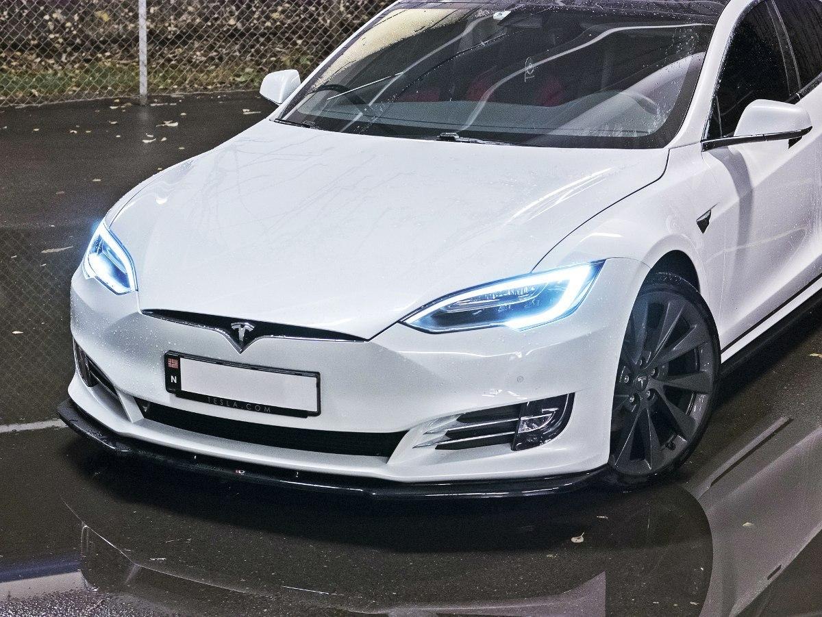 Splitter Przedni V.1 Tesla Model S Facelift - GRUBYGARAGE - Sklep Tuningowy